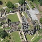 Fly over the ruins of Villers-la-Ville in DPM (20 minutes)